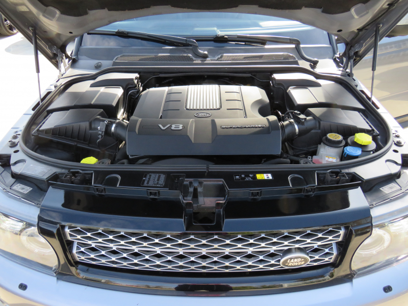 Land Rover Range Rover Sport - image 13