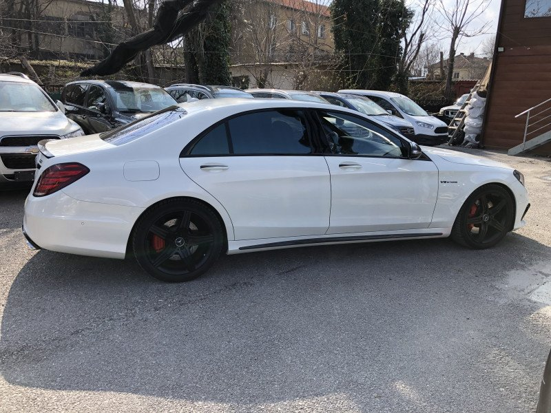 Mercedes-Benz S 63 AMG - image 7