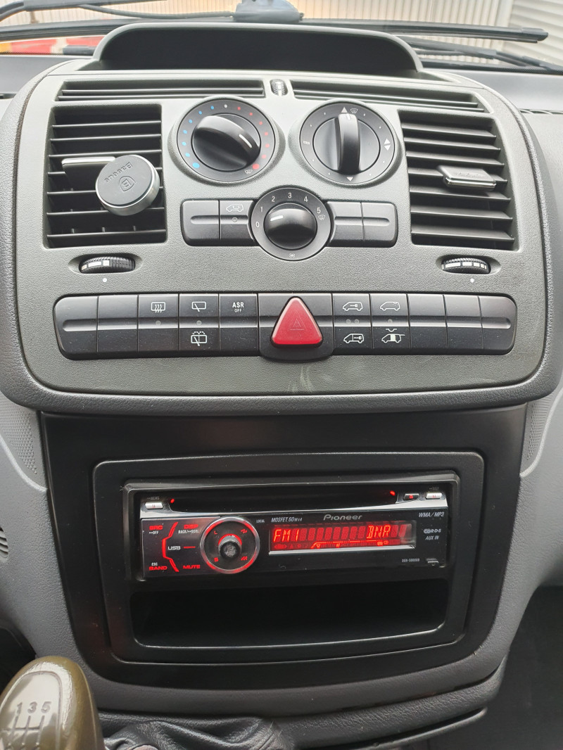 12- Mercedes-Benz Vito