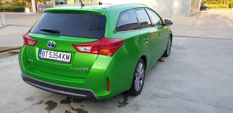 Toyota Auris - image 5