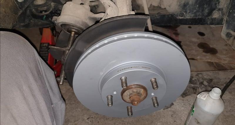 Toyota Auris - image 14