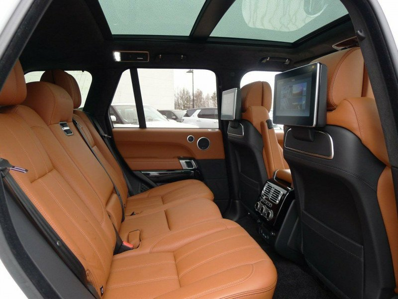 Land Rover Range Rover - image 6