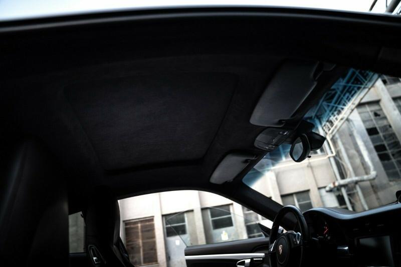 Porsche 911 - image 13