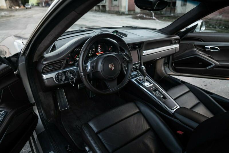 Porsche 911 - image 11