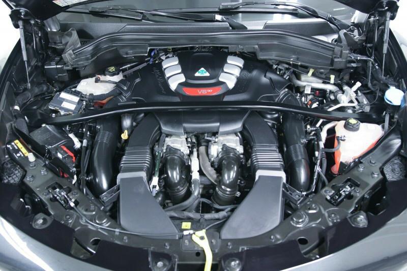 Alfa Romeo Stelvio - image 13