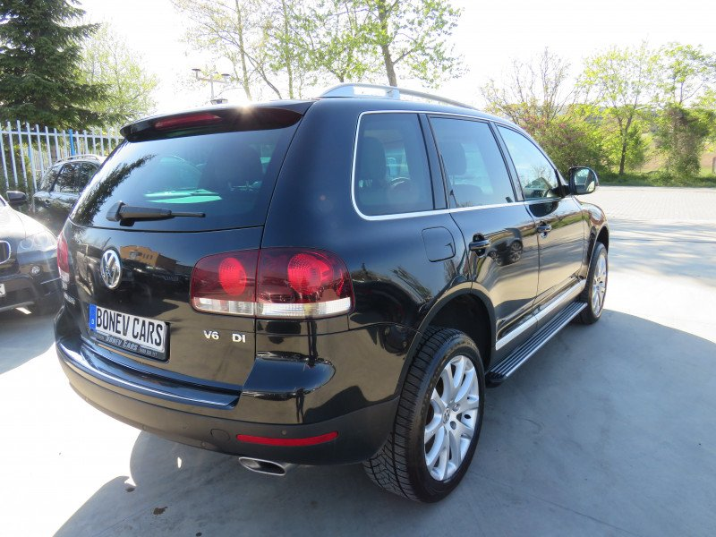 VW Touareg - image 5