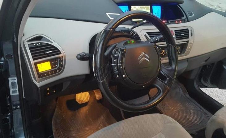 Citroen Grand C4 Picasso - image 4