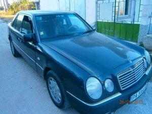 Mercedes-Benz 124