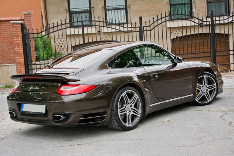 Porsche 911 - image 6