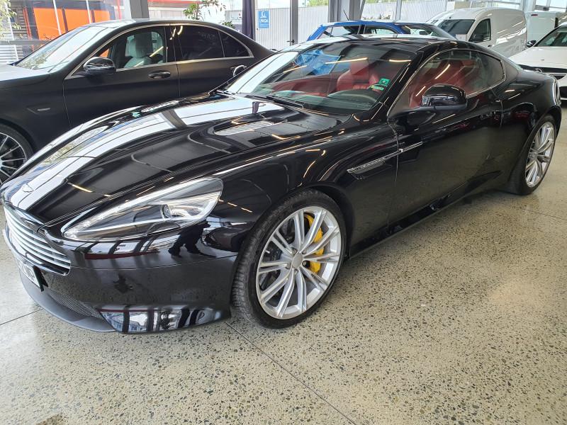 Aston Martin DB9 - image 3