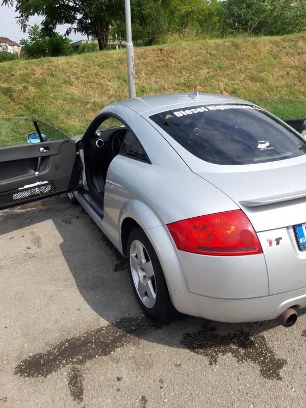 Audi TT - image 6