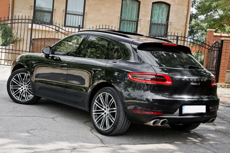 Porsche Macan - image 3