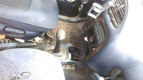 Ford Galaxy - image 2