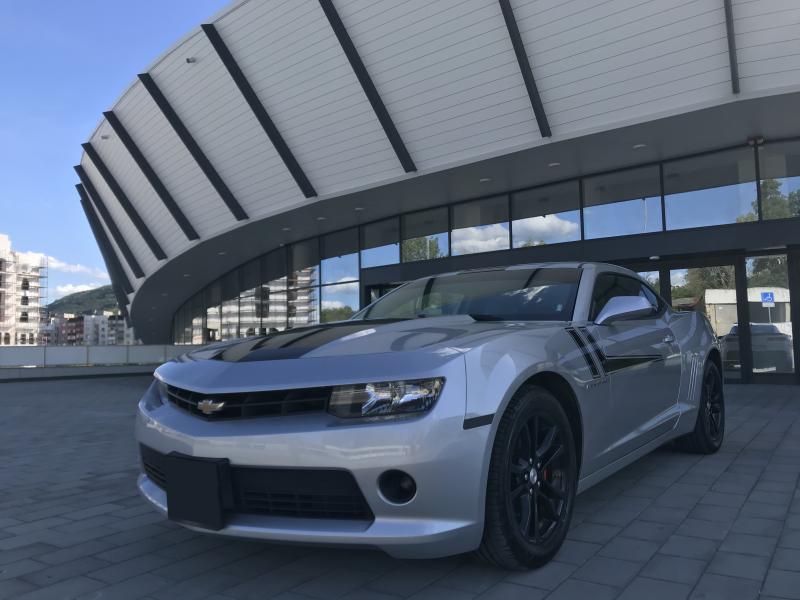 Chevrolet Camaro - image 3