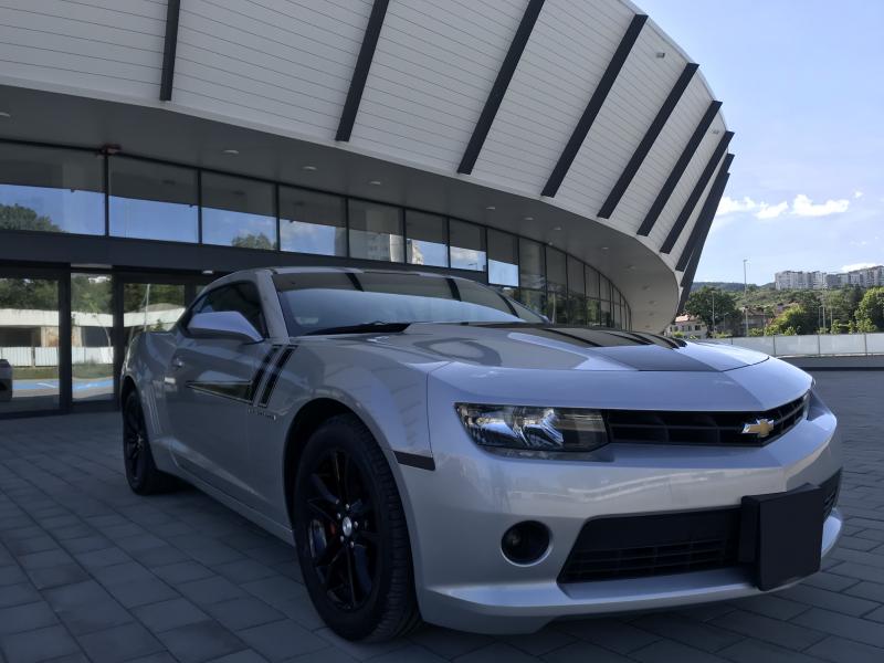 Chevrolet Camaro - image 1