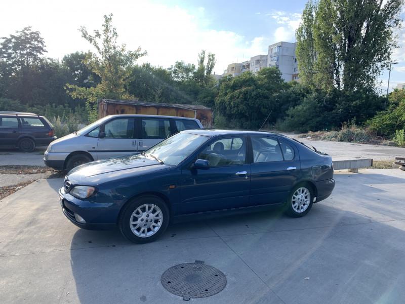 Nissan Primera - image 4