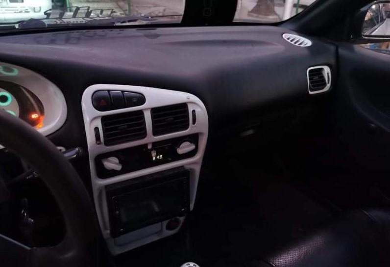 Mitsubishi Colt - image 5