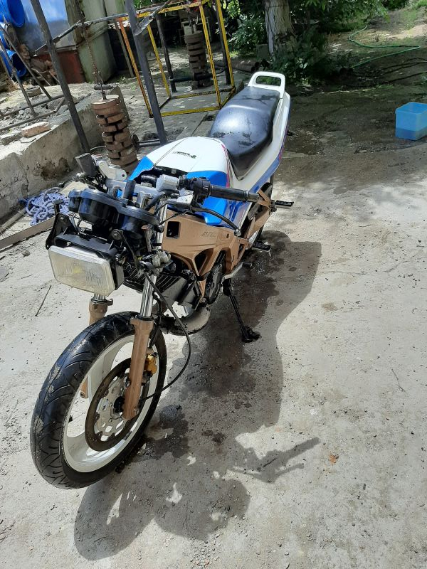 5- Honda Nsr