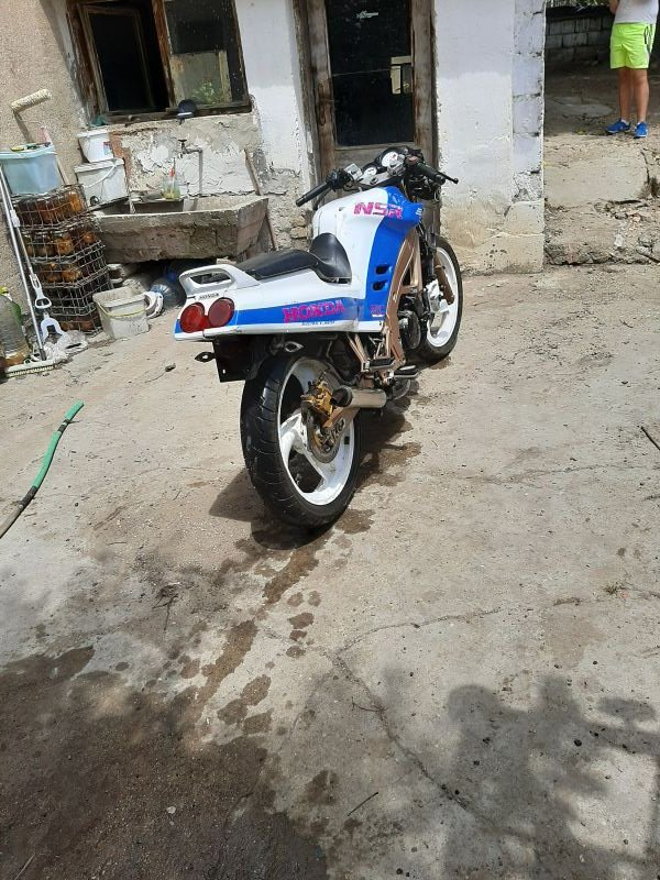 4- Honda Nsr