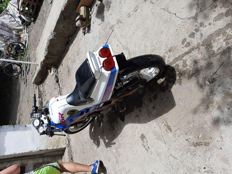 8- Honda Nsr
