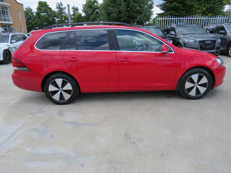 VW Jetta - image 4