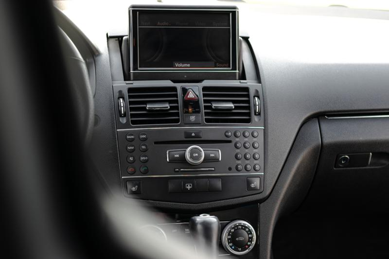 Mercedes-Benz C 63 AMG - image 10