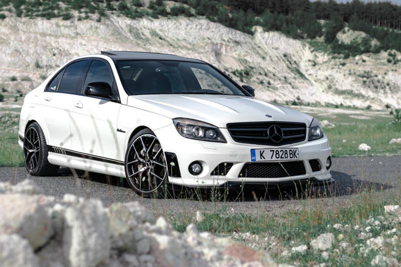 Mercedes-Benz C 63 AMG - image 3