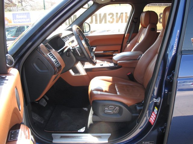 Land Rover Range Rover Vogue - image 5