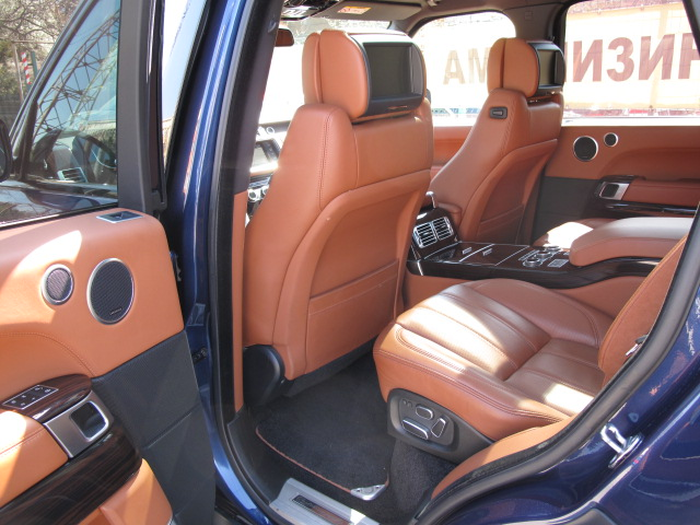 Land Rover Range Rover Vogue - image 10