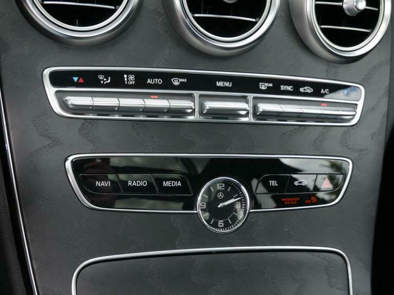 Mercedes-Benz C 300 - image 6