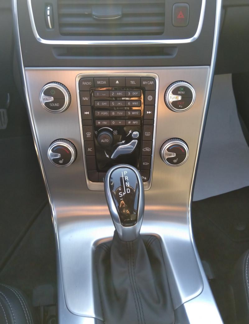 Volvo V60 - image 9