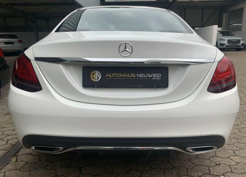 Mercedes-Benz C 220 - image 5