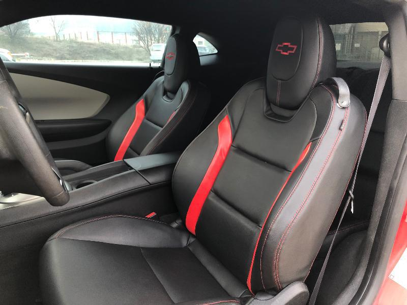 Chevrolet Camaro - image 12