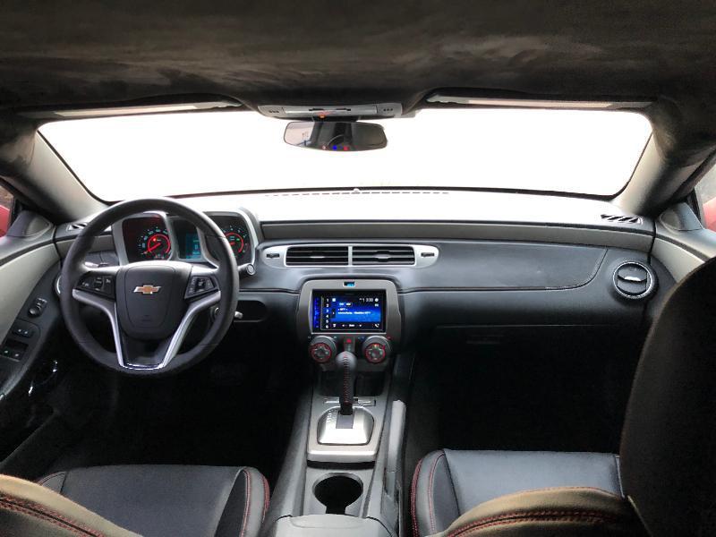 Chevrolet Camaro - image 13