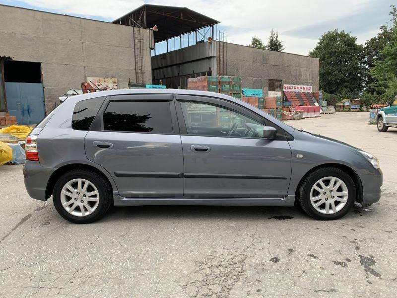 Honda Civic - image 5