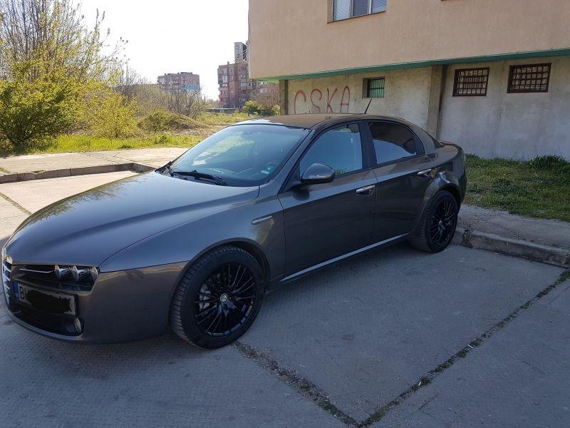 Alfa Romeo 159 - image 8