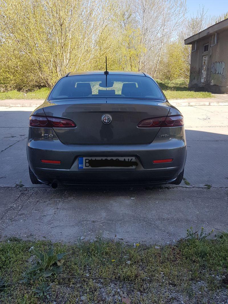 Alfa Romeo 159 - image 7