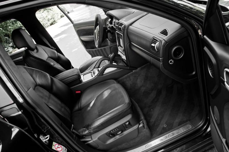 Porsche Cayenne - image 13