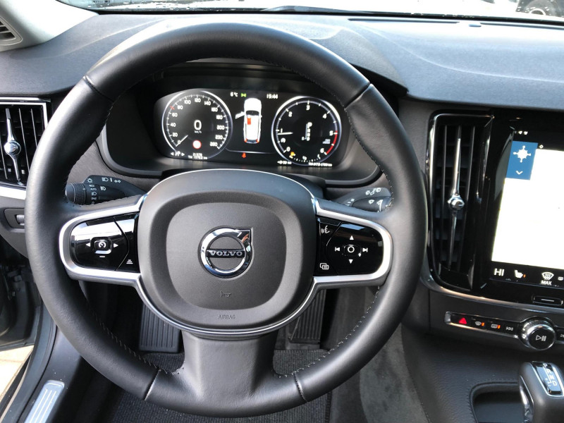 Volvo V90 - image 9