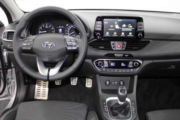 Hyundai i30 - image 9