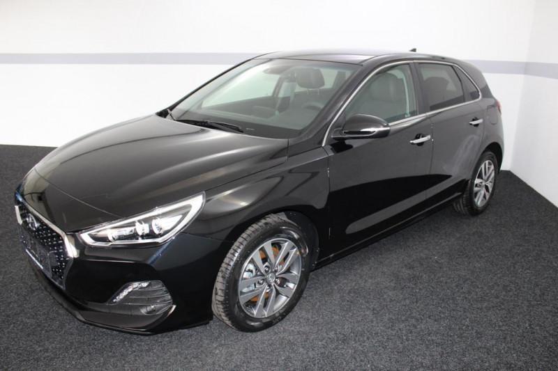 Hyundai i30 - image 2