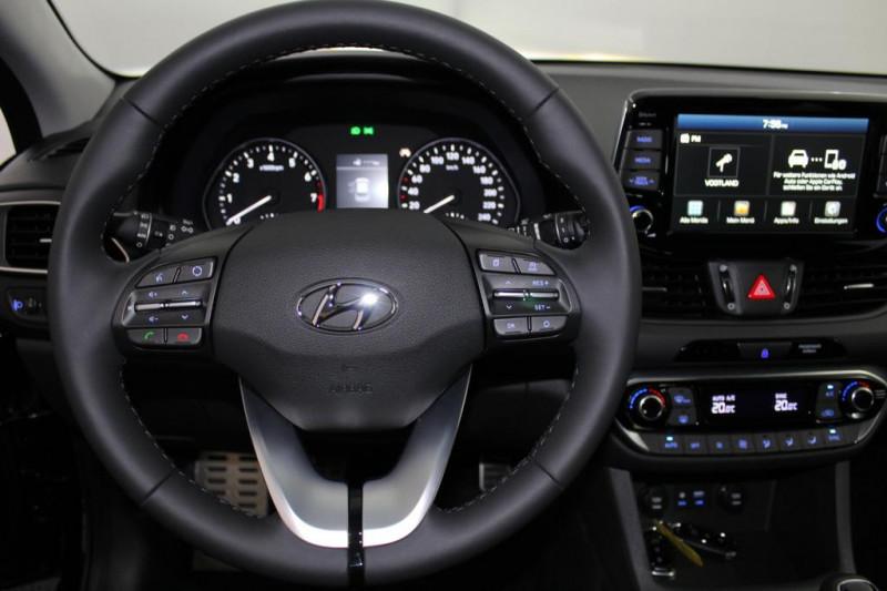 Hyundai i30 - image 10