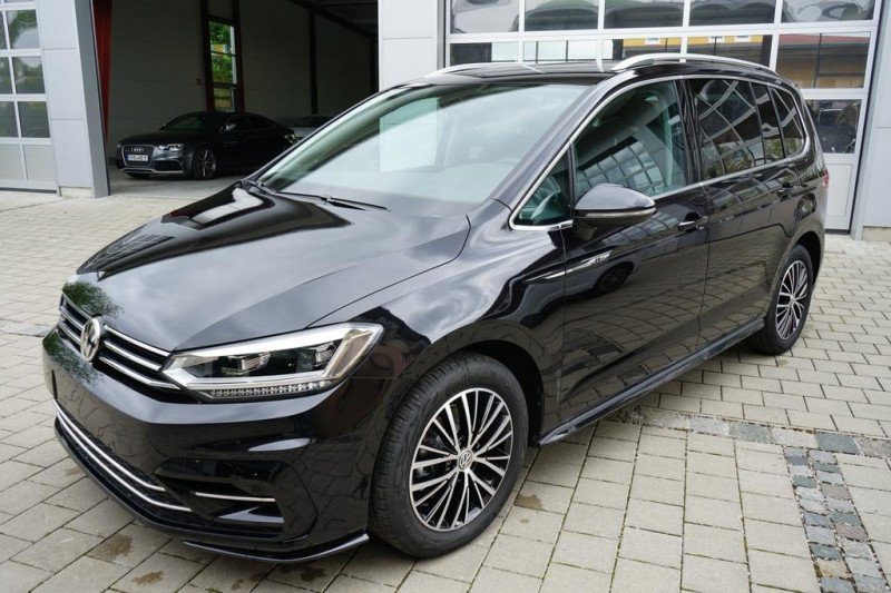 VW Touran - image 2
