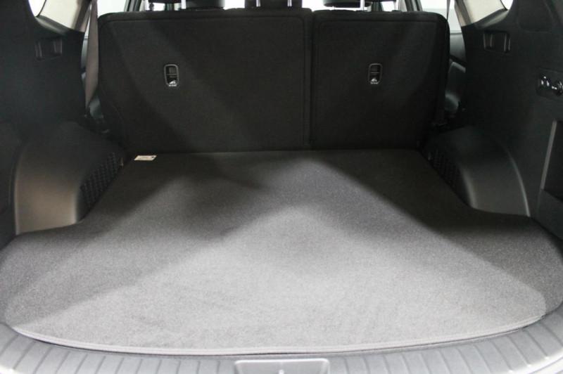Hyundai Santa Fe - image 11