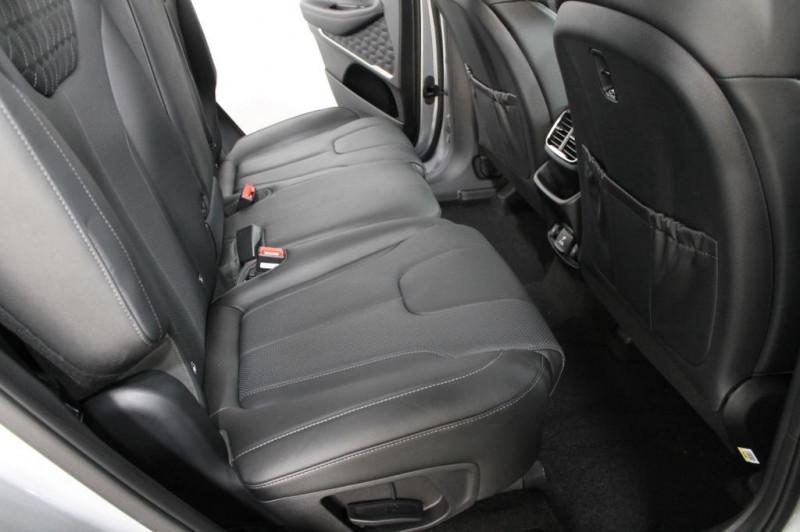 Hyundai Santa Fe - image 5