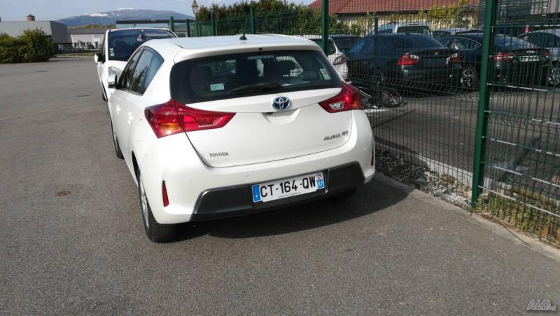 Toyota Auris - image 4