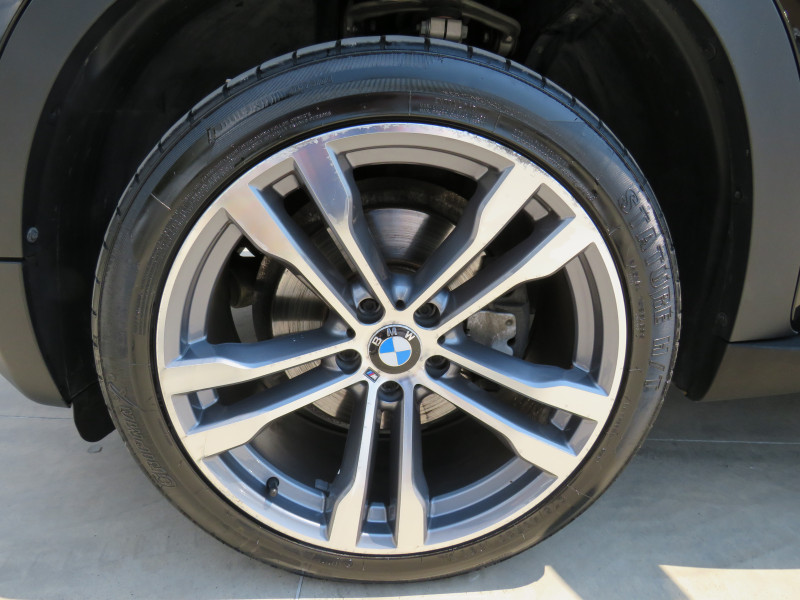 BMW X5 - image 14