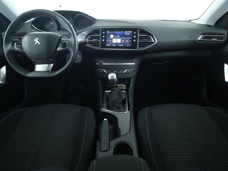 Peugeot 308 SW - image 4