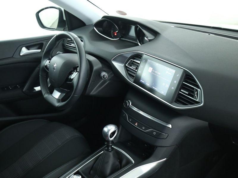 Peugeot 308 SW - image 6