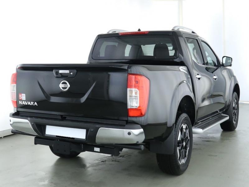 Nissan Navara - image 3